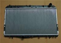 Радиатор Chevrolet Laceti мех.КПП 370*700 04->плоские соты 96553378