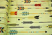 """Польская хлопковая ткань """"стрелы разноцветные на молочном"""""""