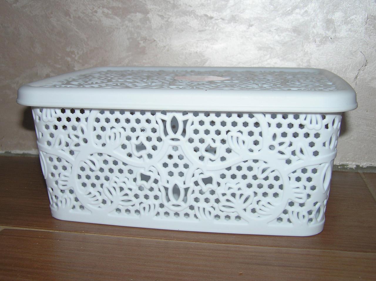 Контейнер с крышкой для хранения мелочей  LACE TUPPEX (белый) 4 л