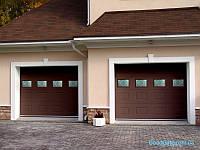 Секционные гаражные ворота с оконным проёмом