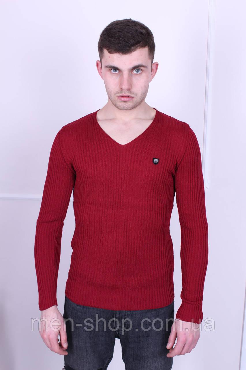 Удобный весенний мужской свитер