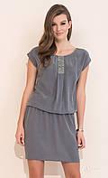 Женское платье Agra Zaps серого цвета.