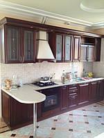 кухня из дерева с барной стойкой фото 3