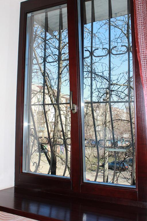 Евроокно деревянное ясень 7