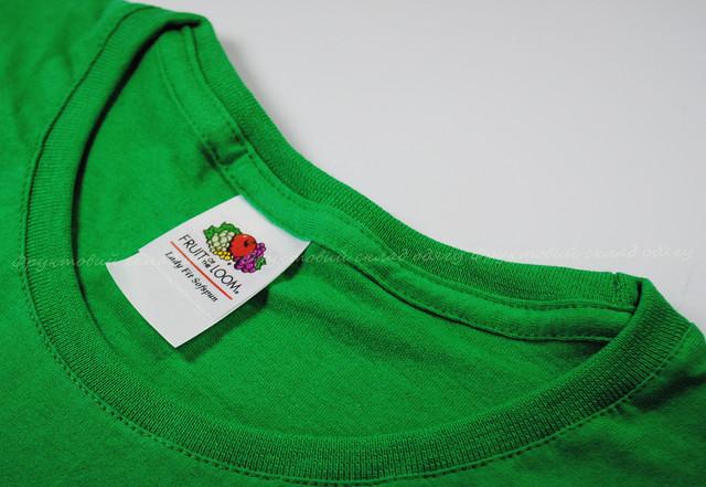 Ярко-зелёная мягкая женская футболка