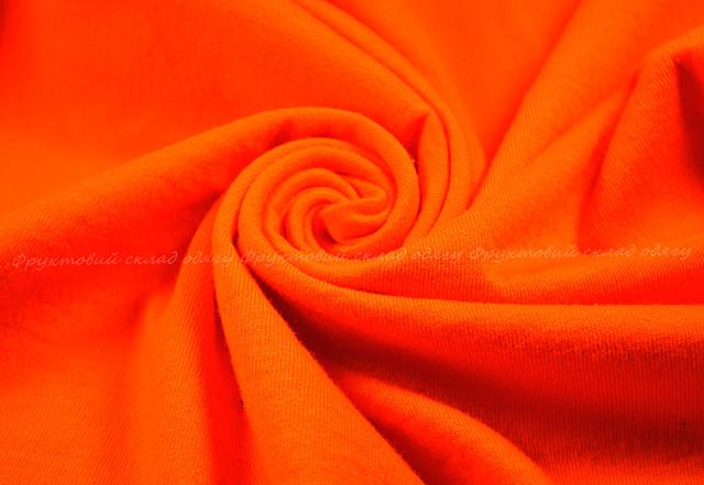 Оранжевая мягкая женская футболка