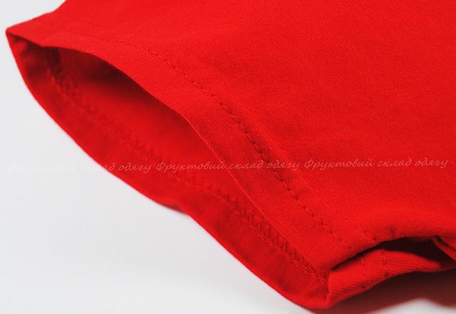 Красная мягкая женская футболка