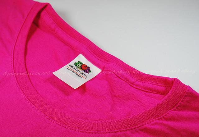 Малиновая мягкая женская футболка