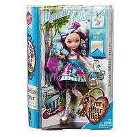 Мэделин Хэттер Базовая кукла – Madeline Hatter Basic Dolls BBD43