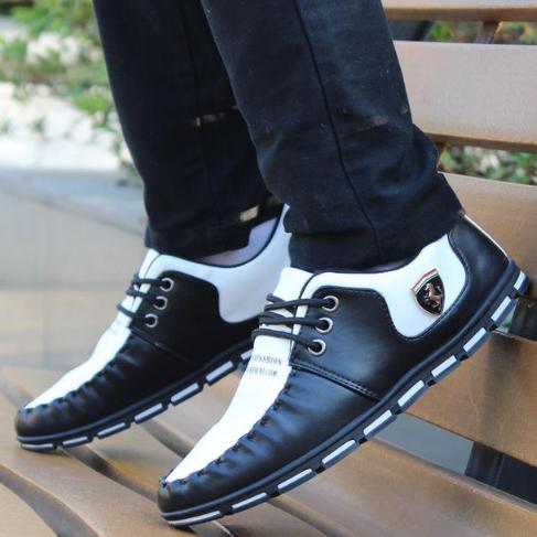 Мужские кроссовки. Модель 2216