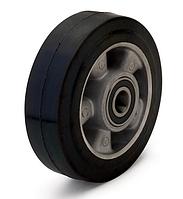 Колесо из эластичной резины, диаметр 100 мм, без кронштейна, с подшипниками
