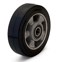 Колесо из эластичной резины, диаметр 160 мм, без кронштейна, с подшипниками. Серия 20