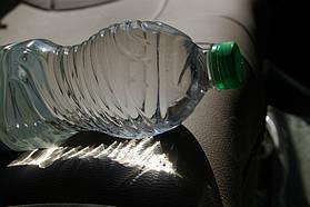 - делаем анализ воды (для этого достаточно набрать 1,5л воды в пластиковую или стекляную чистую емкость, обеспечив мин. содержание воздуха в таре, содержымое не должно быть старше 24 часов.)    - вывод: повышеное содержание железа, и жесткость во