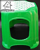 Стул, табурет пластиковый малый (зеленый) С012