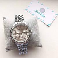 Женские оригинальные серебристые часы