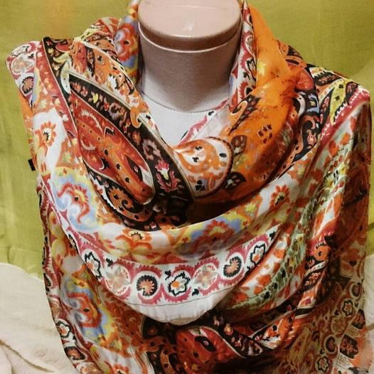 Шарф шёлковый разноцветный с узором