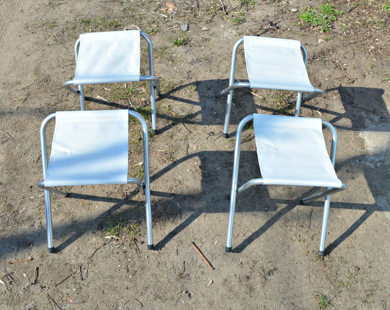 Набор из 4-х стульев для пикника и рыбалки.