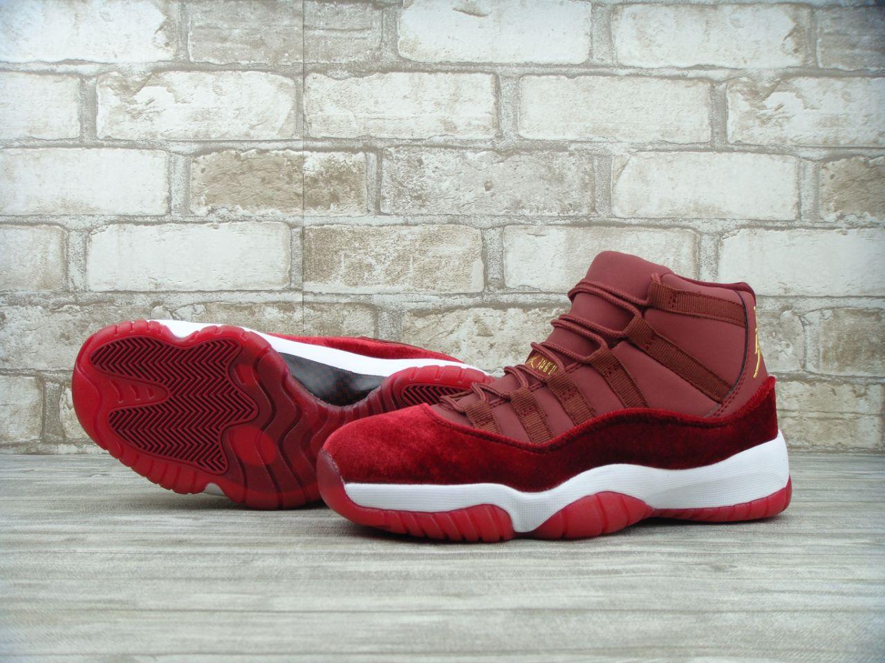 fe8c0b49b7b7 Кроссовки женские Nike Air Jordan 11 GS Heiress 30079 бордовые ...