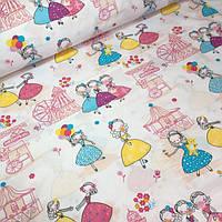 Польские ткани, девочки и  карусели на белом фоне №580