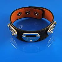 Кожаный браслет с металом