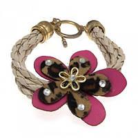 Плетеный браслет с цветком