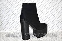 Ботиночки женские стильные на толстом каблуке и тракторной подошве эко-замша черные, фото 2