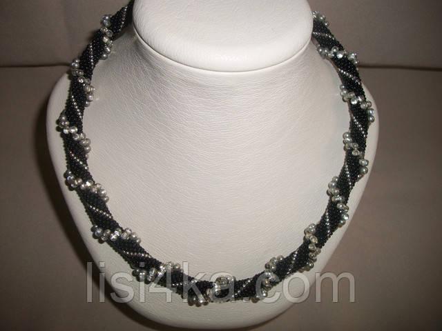Вязаный жгут из бисера и объемных бусин черно-стальной