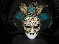 Венецианская маска ручной работы