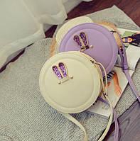 Стильная круглая сумочка с ушками-стразами