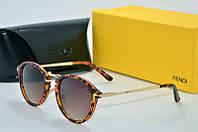Солнцезащитные очки Fendi лео