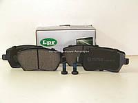 Тормозные колодки передние на Рено Логан (универсал) 2007-2012 LPR (Италия) 05P867