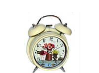 Классические часы с будильником в стиле Прованс