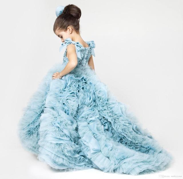 Бальные и выпускные платья для девочек в садик и школу. Платья из ... 5bac817dea226
