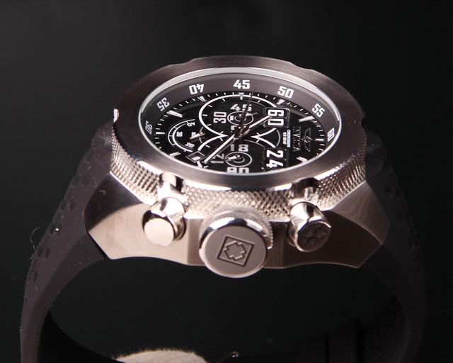 ed5a0c4c Реально модель выглядит еще лучше. Посмотрите мои объявления. Есть другие  версии часов Invicta . Возможно привезти под заказ другие серии этого  бренда.
