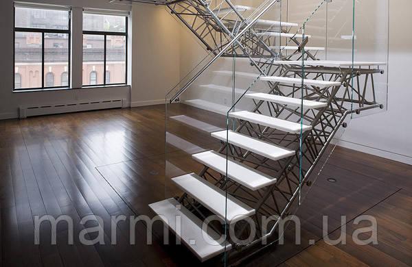Лестницы из кварца