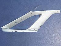 Облицовка стойки форточки левая 83 BB B31011 AAW  Ford sierra