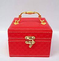 Музыкальная детская шкатулка для бижутерии красного цвета