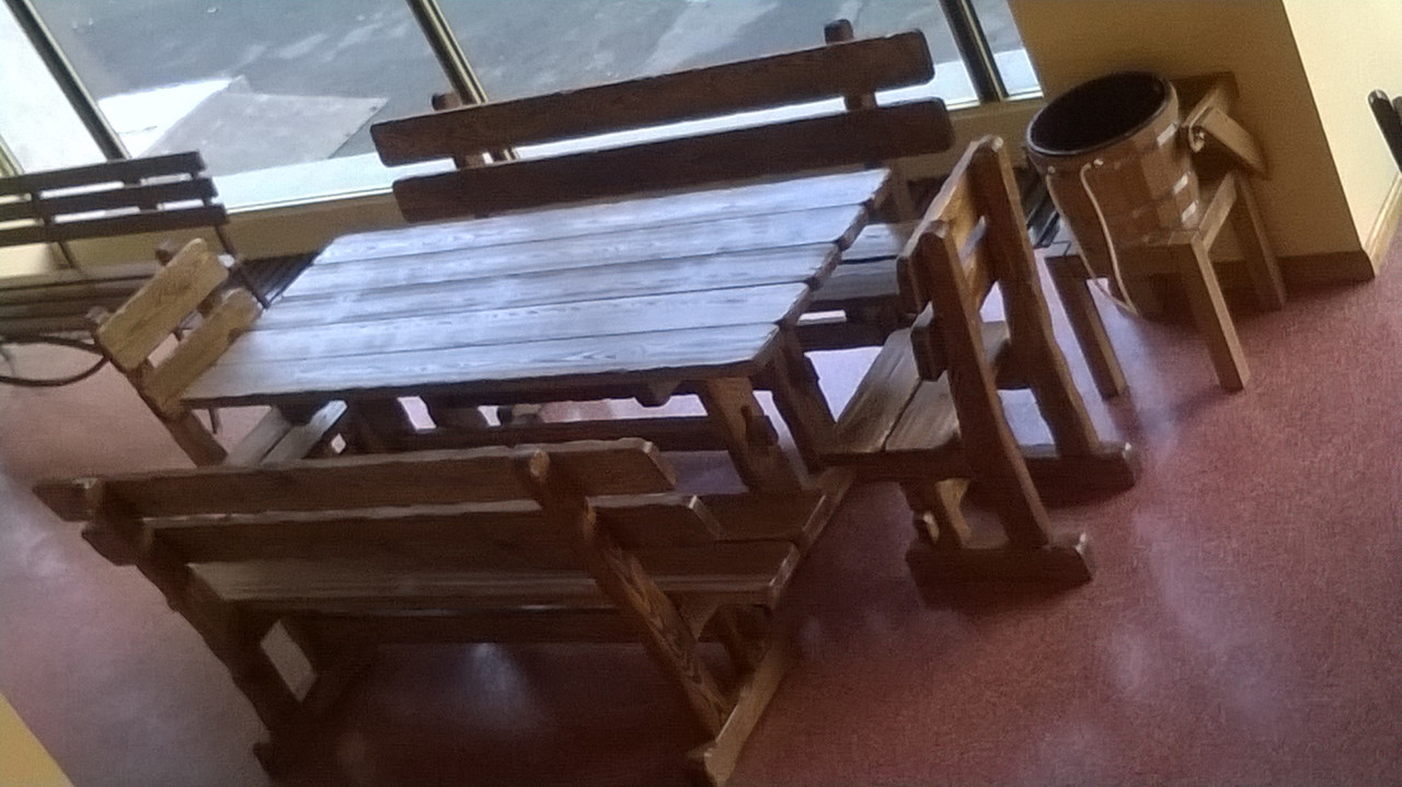 Деревянные столы стулья для ресторана кафе