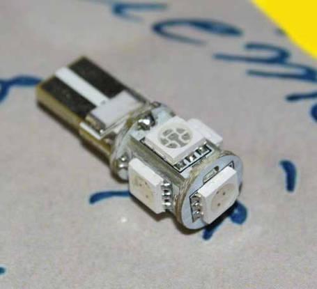 Светодиодная лампа с обманкой компьютера в допоплнительный стоп с цоколем T10(W5W) 5-5050 12V-Желтая, фото 2
