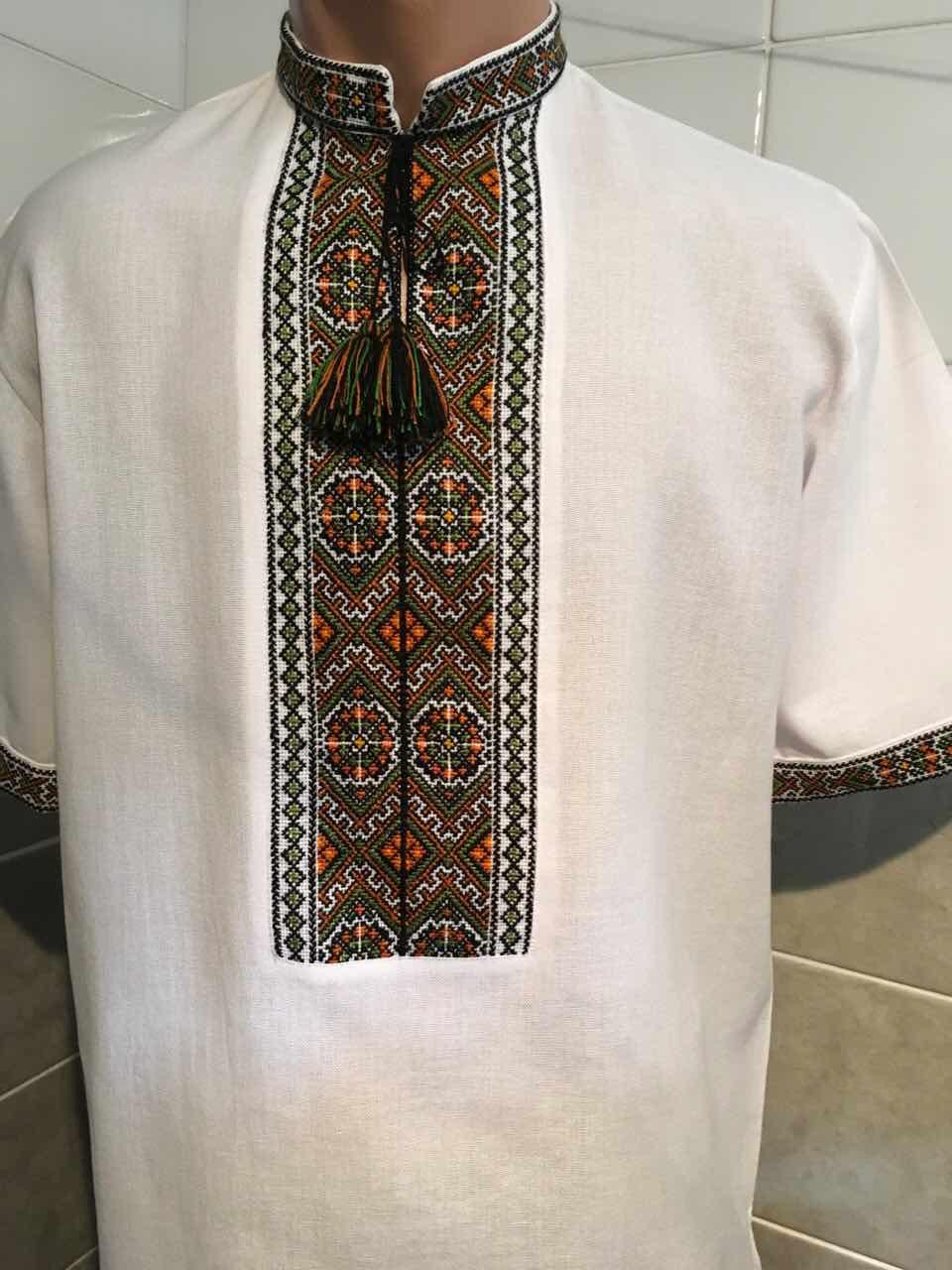 Біла вишита сорочка чоловіча на короткий рукав 46 розмір - Скарбниця  Карпат- інтернет магазин виробів 9bf50314f39f6