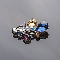 """Брошь """"Воздушные шары"""" 5*3см серебристая с цветными кристаллами"""