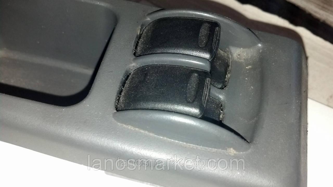 Кнопки стеклоподъёмника на 2 двери Ланос (GM) б/у