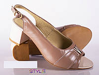 Босоножки на невысоком каблуке (2 цвета)