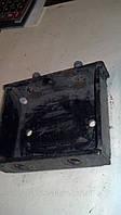 "Кронштейн подушки двигателя правой ""корпус"" Сенс (ОЕ) б/у, фото 1"