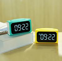 Часы - зарядное 4USB Remax RMC-05