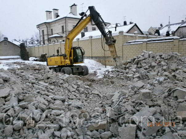 Продажа вторичного щебня с доставкой самосвалами 30 тонн по Киеву и Киевской области. Вторичный щебень, бой кирпича, бой бетона. Битый кирпич. Битый бетон. Строительный грунт на подсыпку. Недорого. Строительный бой.