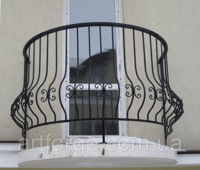 Простые кованые ограждения террас, балконов, беседок