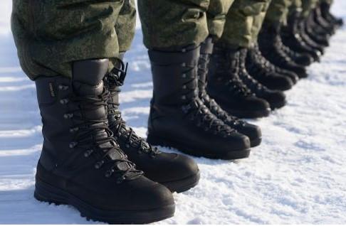 Берцы кожаные,обувь для военных, кирзовые, облегченные, утепленные