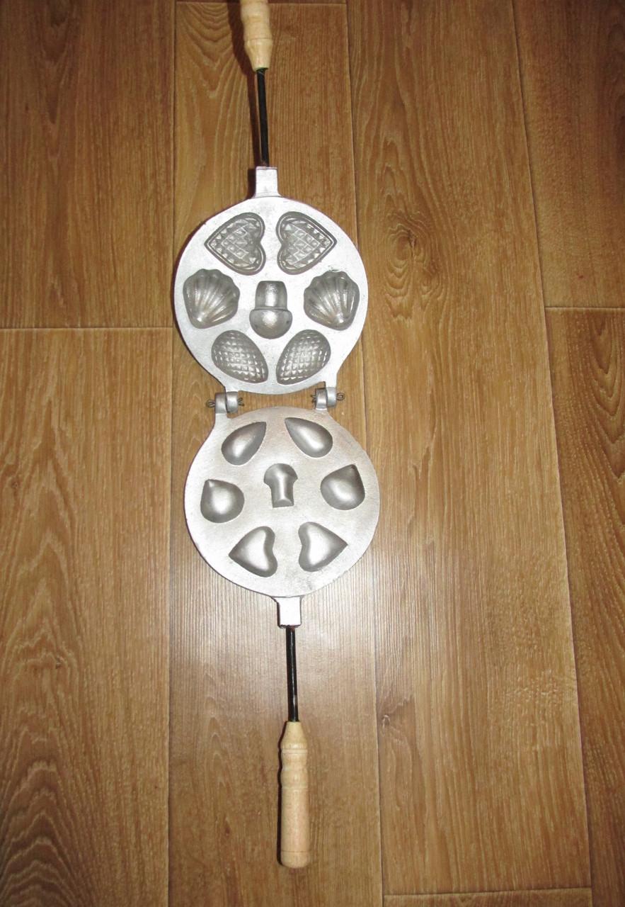 Металлическая форма для приготовления печенюшек ассорти