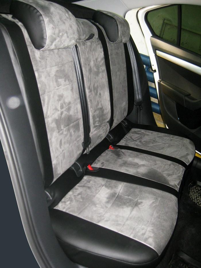Авточехлы из экокожи с серой алькантарой на  Nissan Tiida с 2004-2014г. Хэтчбек